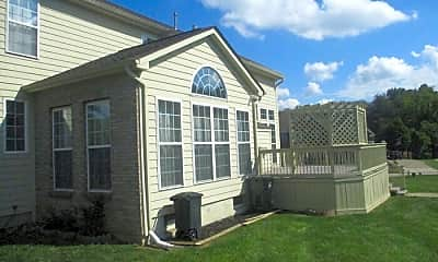 Building, 2435 Forest Oaks Dr, 2