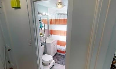 Bathroom, 68 Aldrich Rd, 1