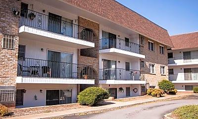 Building, Locksview Apartments, 0