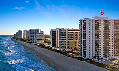 Building, 5380 N Ocean Dr 11A, 1