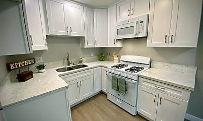 Kitchen, 919 E Acacia Ave, 0