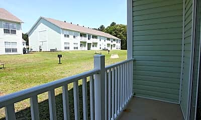 Patio / Deck, Rose Lawn Apartments, 2