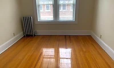 Living Room, 83 Sumner Ave, 2