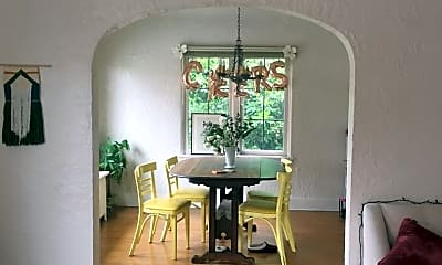 Dining Room, 1320 Queen Anne Ave N, 1