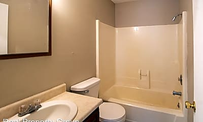 Bathroom, 2811 Mexico Gravel Rd, 2
