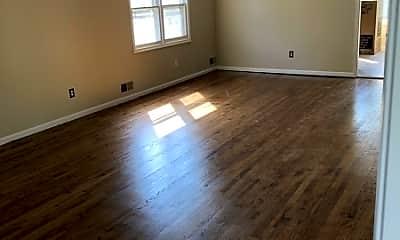 Living Room, 57 Renaissance Dr, 1
