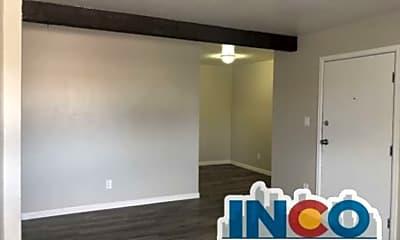 Living Room, 3633 S Sheridan Blvd, 1