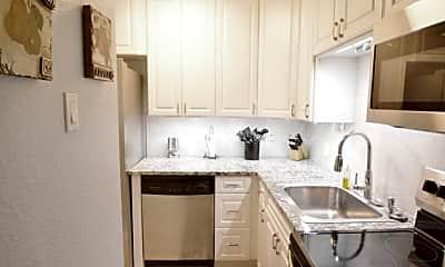 Kitchen, 7709 Broadway 123, 2