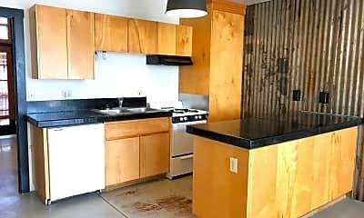 Kitchen, 715 E 9th St, 1