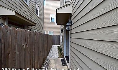 Patio / Deck, 1141 W 24th St, 1