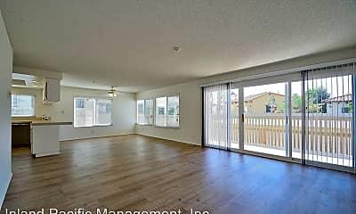Living Room, 207 N Juanita Ave, 1