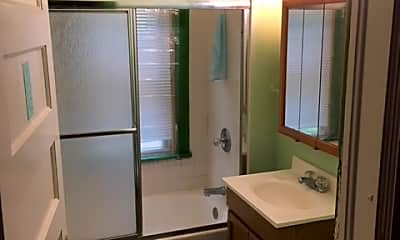 Bathroom, 105 Avondale Pl, 2