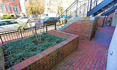 Patio / Deck, 1427 21st St NW 101, 1