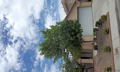 Building, 7968 Traditional Ct, 1