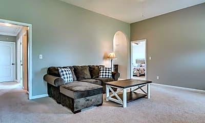 Living Room, 104 Kentucky Ct., 2