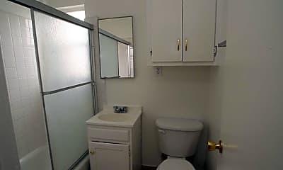 Alondra Park Apartments, 2