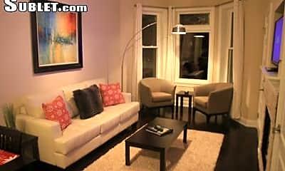 Living Room, 3200 N Hoyne Ave, 0