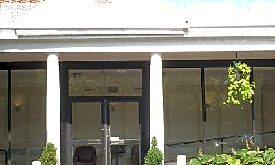 Hylan Dartmouth Apartments, 1