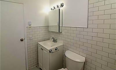Bathroom, 260 West St, 2