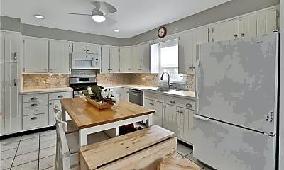 Kitchen, 780 Scarsdale Ave, 1