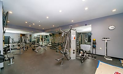 Fitness Weight Room, 7135 Hollywood Blvd 1108, 2