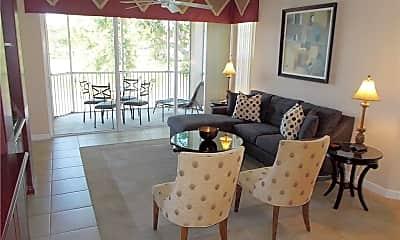 Living Room, 2444 Ravenna Blvd 202, 1
