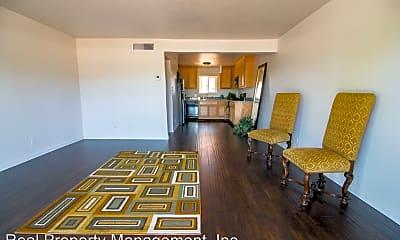 Living Room, 2805 Pioneer Dr, 0