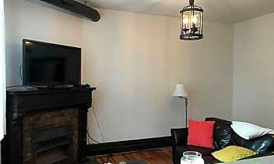 Living Room, 7033 Meade Pl, 1