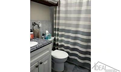 Bathroom, 571 8th St, 2