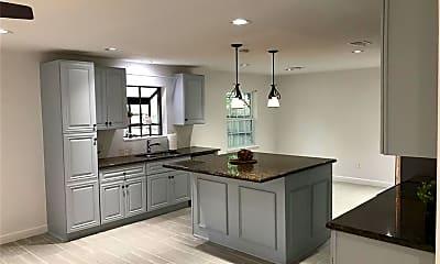 Kitchen, 6019 Claridge Drive, 0