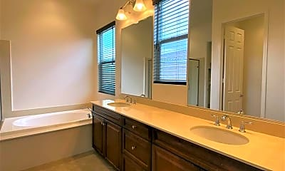 Bathroom, 42798 Brienno Court, 2