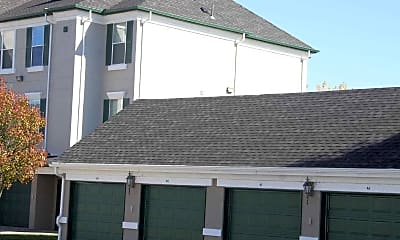 LaCrosse Apartments & Carriage Homes, 2