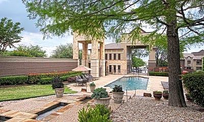 Pool, Clarendon Woodchase, 0