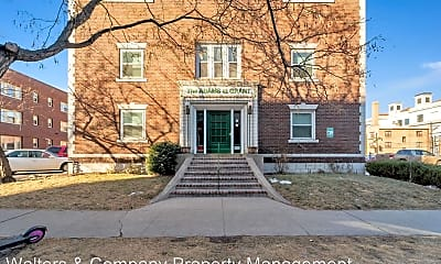 Building, 1329 Grant St, 1