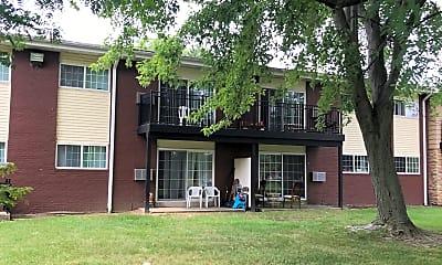 The Villa's, 2