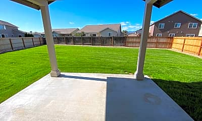 Patio / Deck, 2108 W Sunnyview Ln, 1