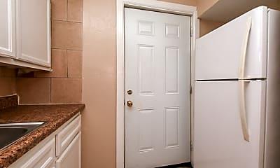 Bathroom, 3449 Tampa St, 2
