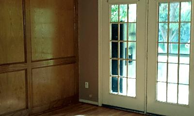 Living Room, 16608 Bohemian Hall Rd, 0