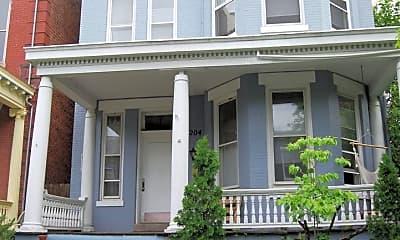 Building, 2204 W Grace St, 1
