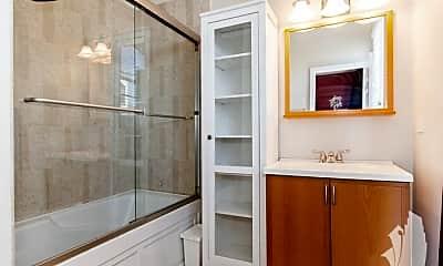 Bathroom, 2215 W Augusta Ave, 2