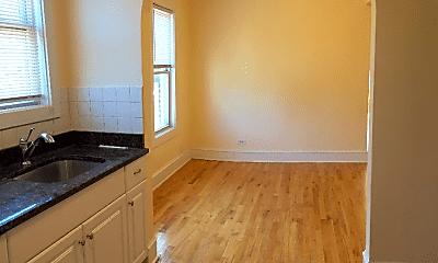 Kitchen, 832 W 34th Pl, 1