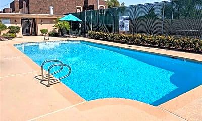 Pool, 1301 E St Louis Ave D, 0