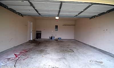 Building, 604 Red Hawk Dr, 2