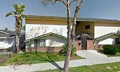 Building, 247 E Hullett St, 0