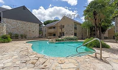 Pool, 2600 N E Loop 410, 2