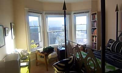 Living Room, 341 Lake St, 2