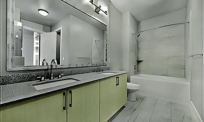 Bathroom, 2712 Wingate St, 2