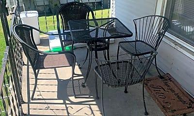 Patio / Deck, 705 N Lincoln St, 1
