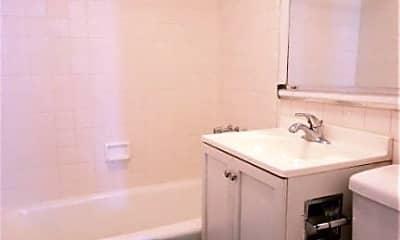 Bathroom, 908 Amsterdam Ave, 2