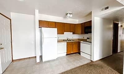 Kitchen, 253 Sheetz St, 1